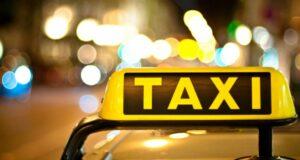 Беловчанка украла деньги из такси